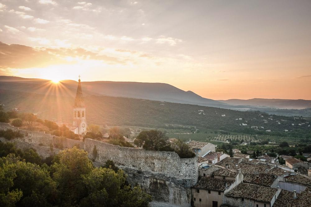 500 days Sunrise over Provence