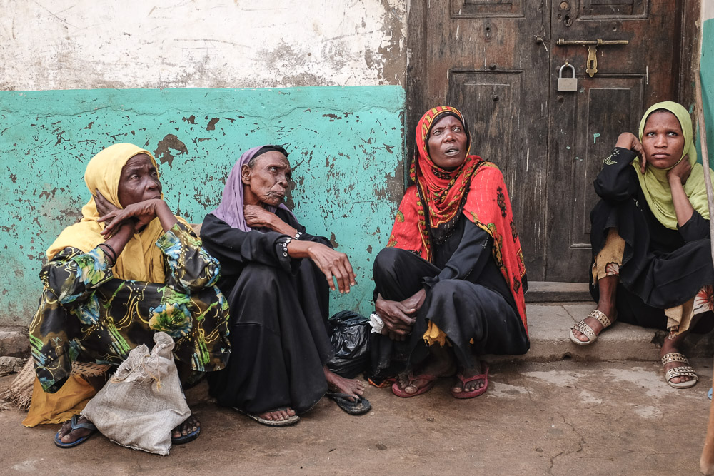 Lamu Tamu ladies