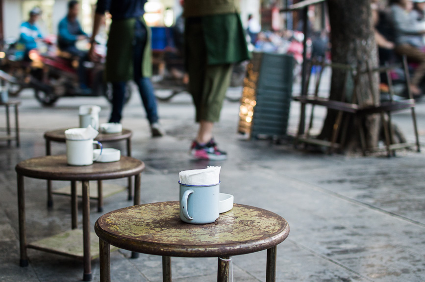 hanoi coffee cups