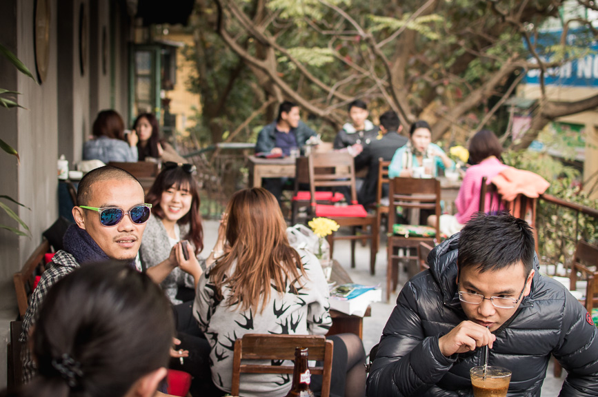 hanoi coffee hip crowd